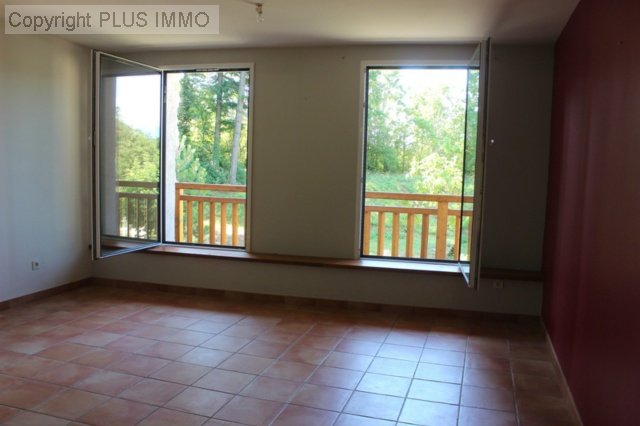 location appartement CLARAFOND 4 pieces, 104m